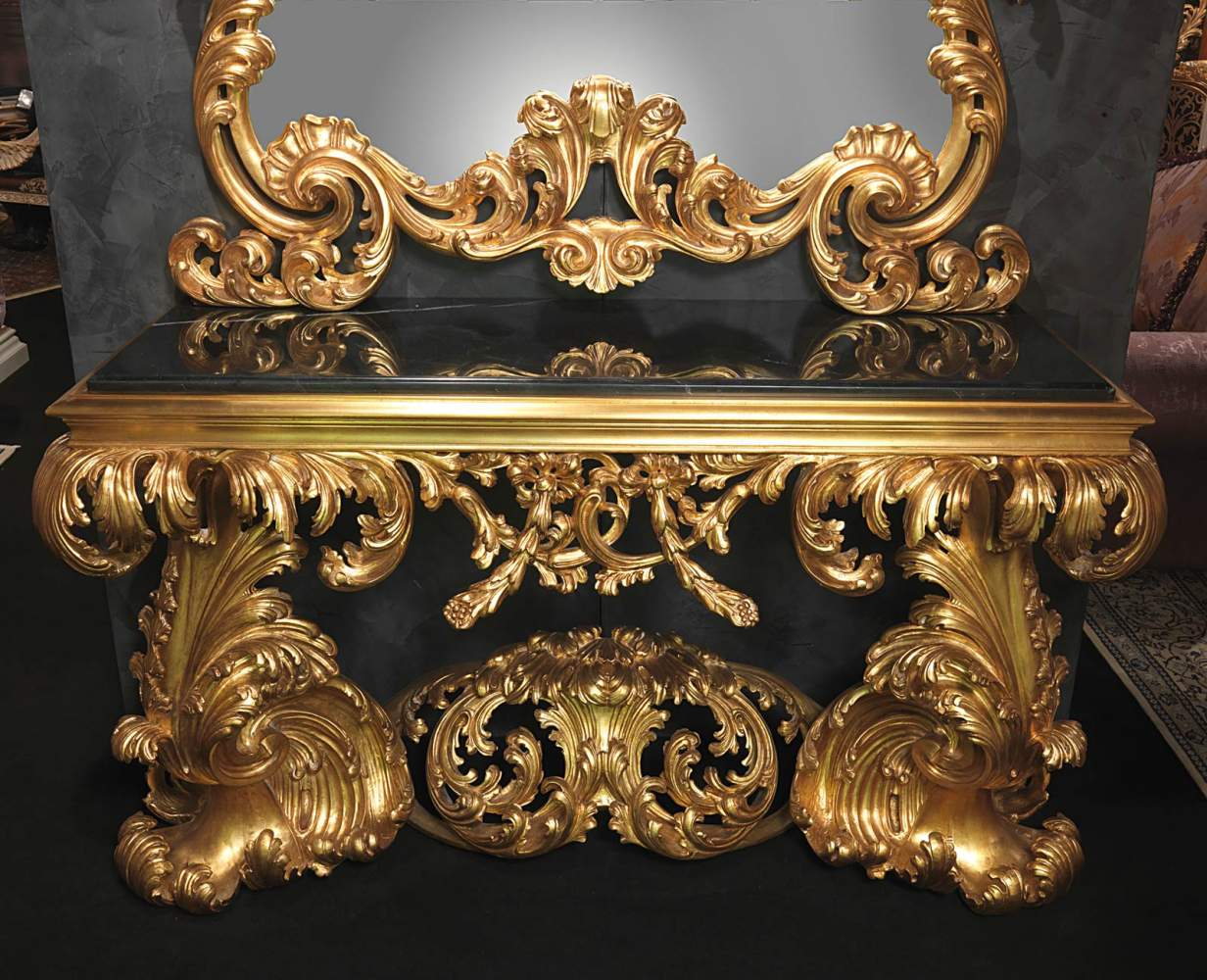 Baroque Italian Console Of The 17th Century With Black