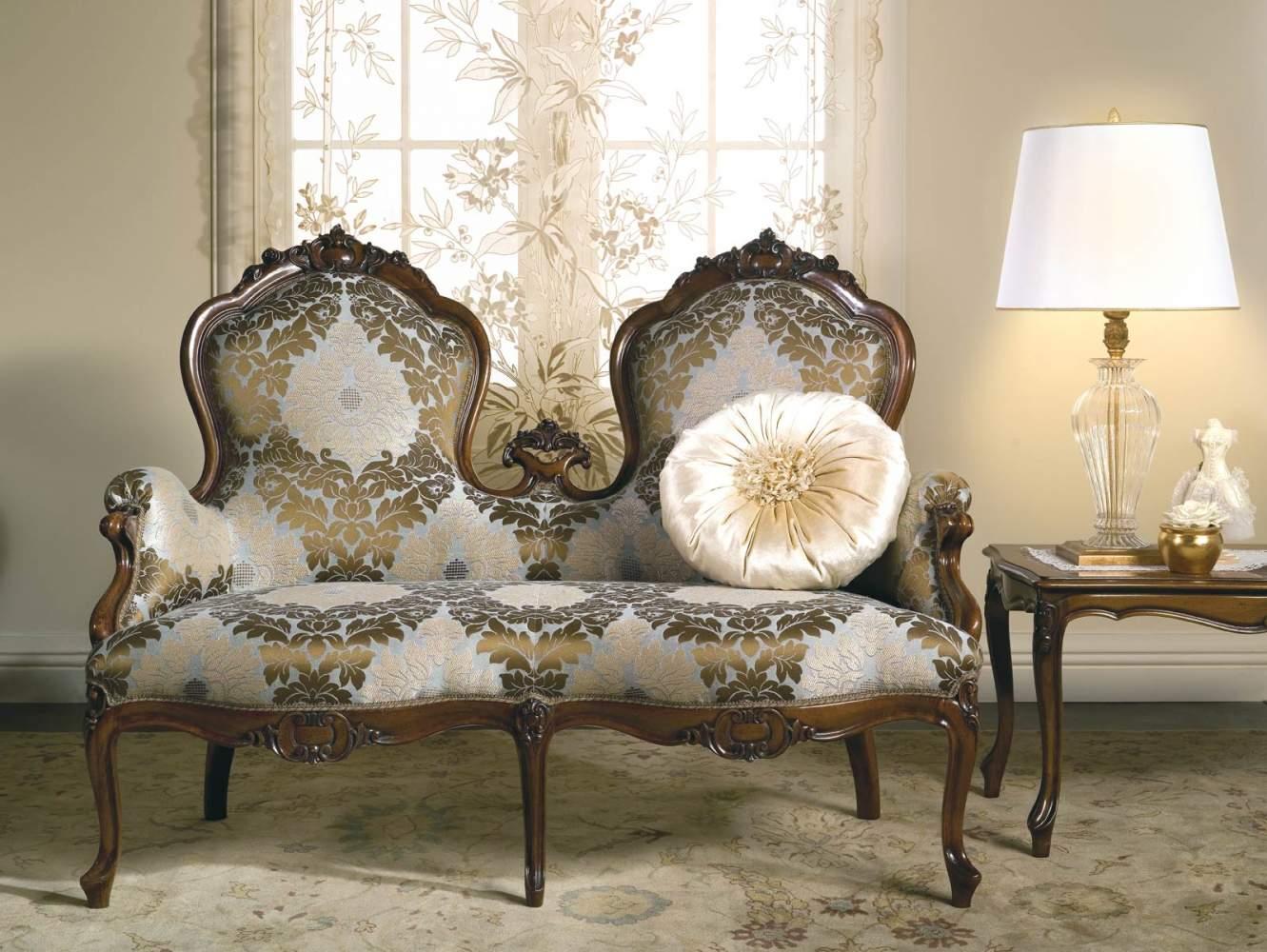 Canapé classique à deux places Carlotta