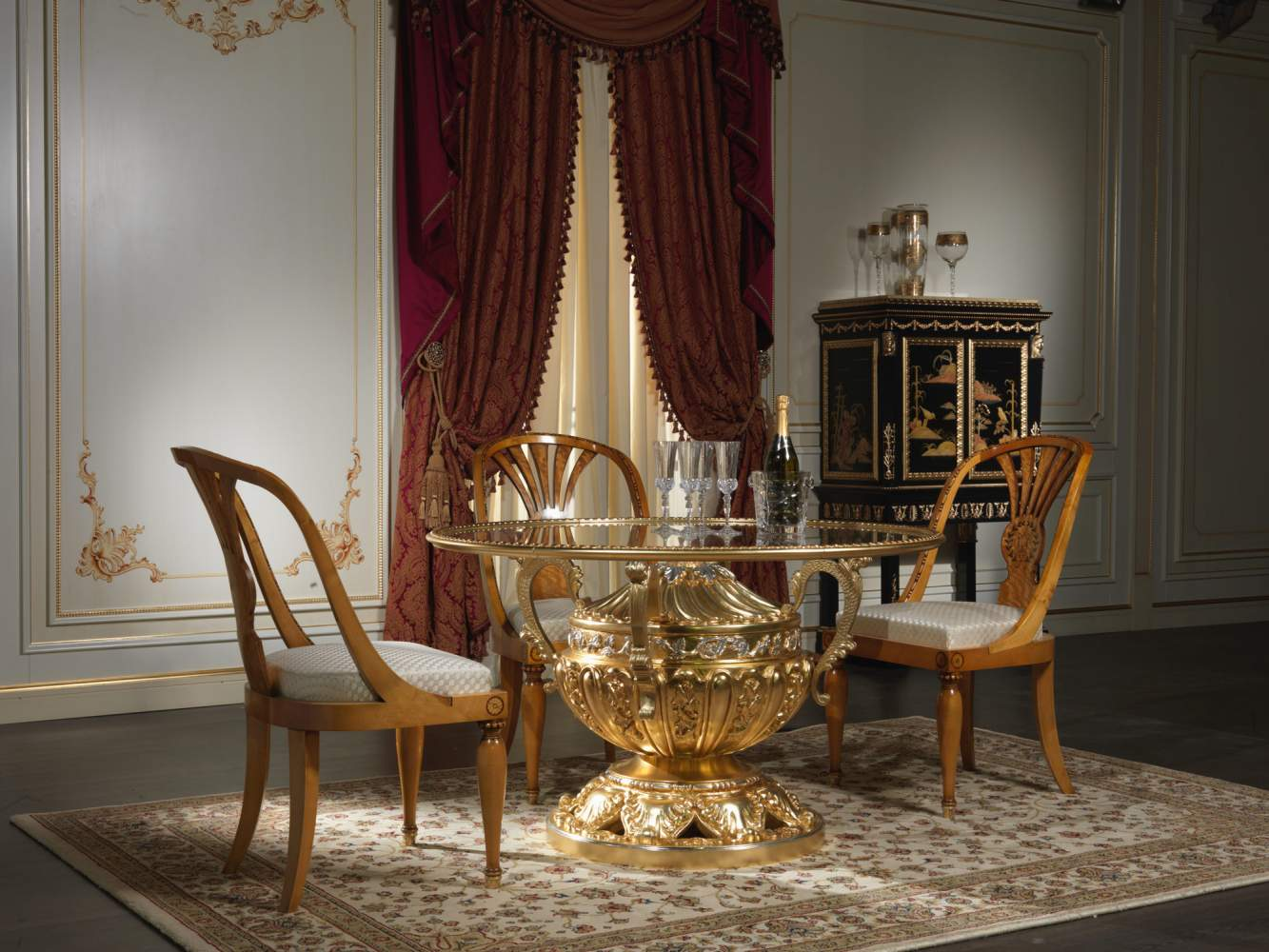 Furniture for dining room made in Italy