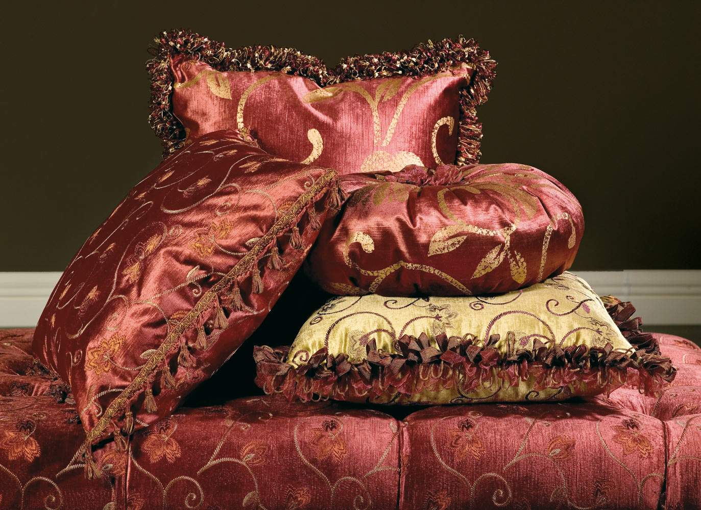 Upholstered pillows Palace