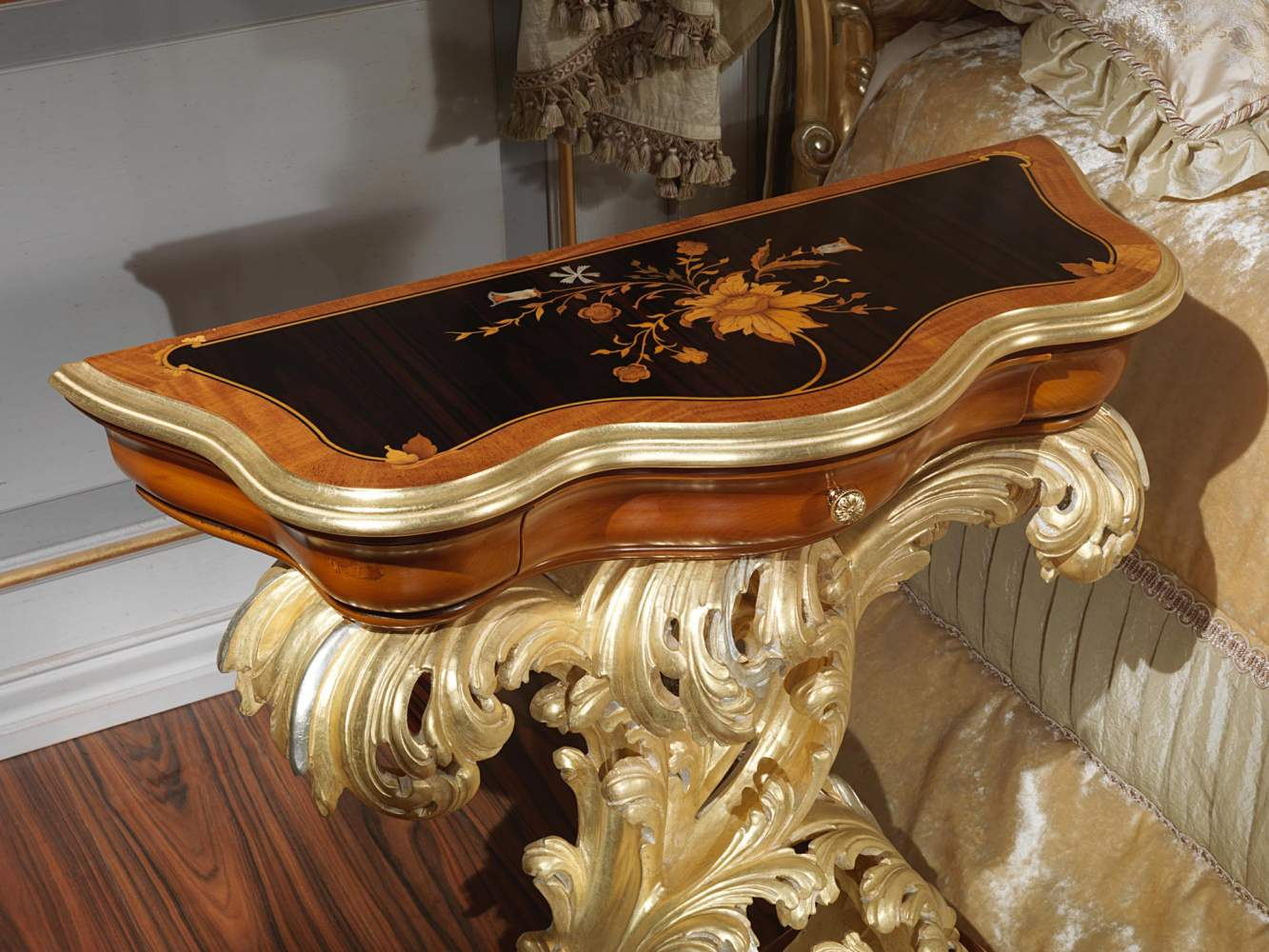 Inlaid Night Table Baroque Style Vimercati Classic Furniture