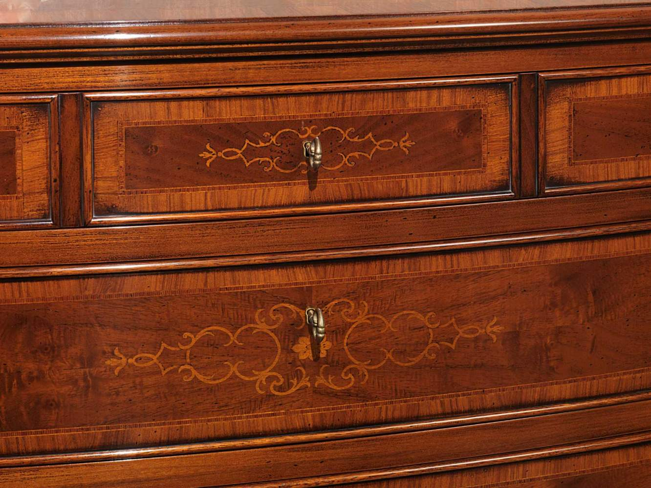 Chest of drawers in inlaid wood, detail