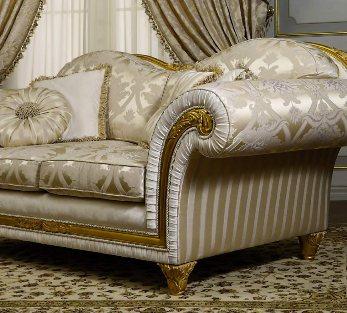 Classic sofa model Excelsior