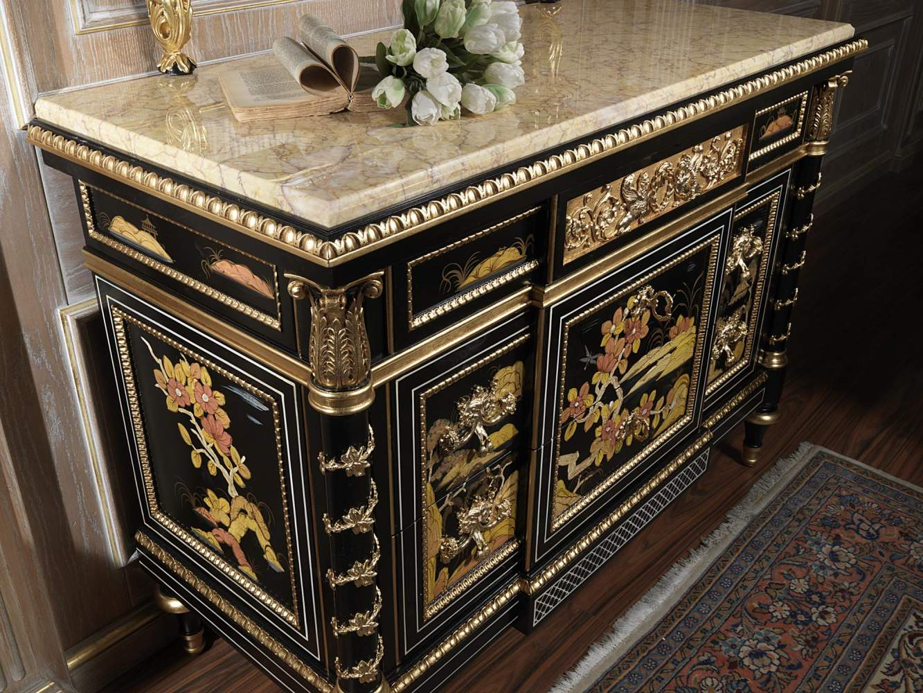 Chest of drawers with white marble top art. 2095
