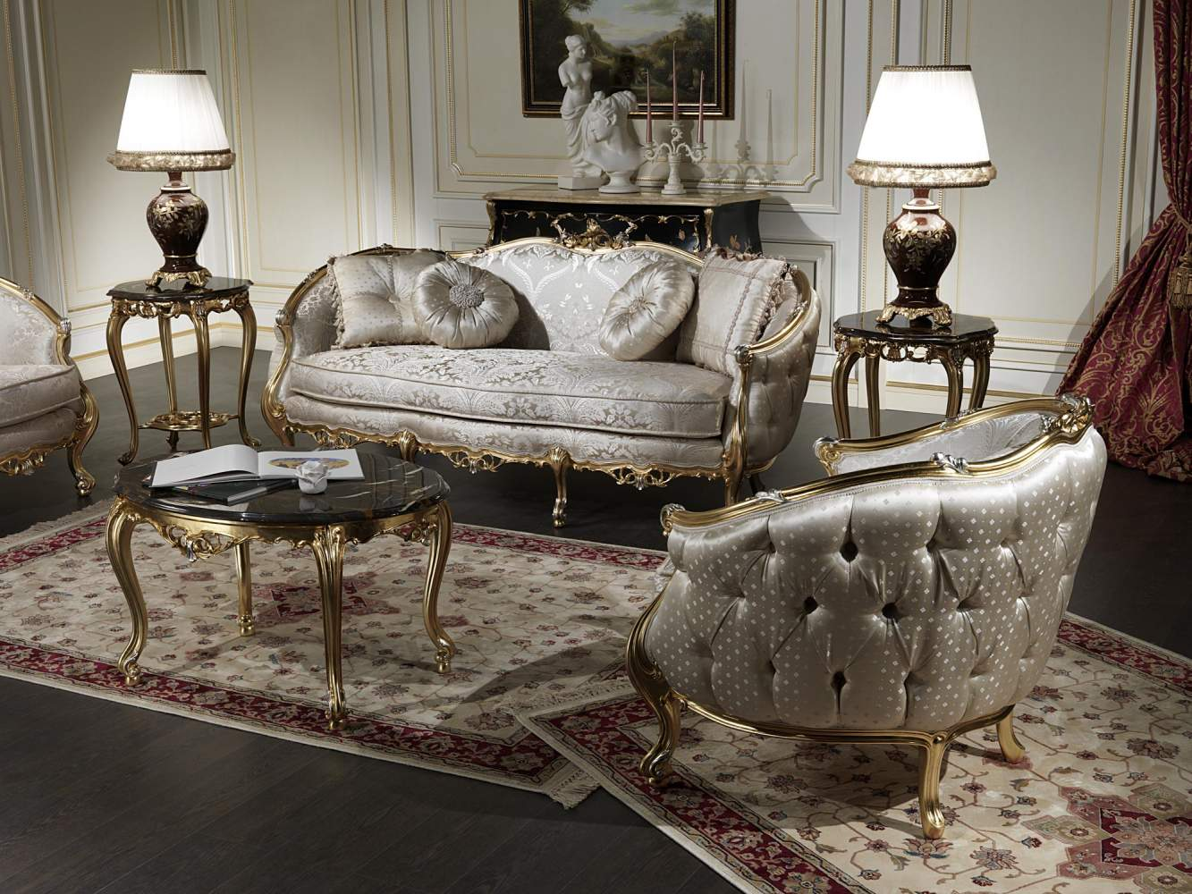 Classic sofas in venezia style vimercati classic furniture for Chair types living room