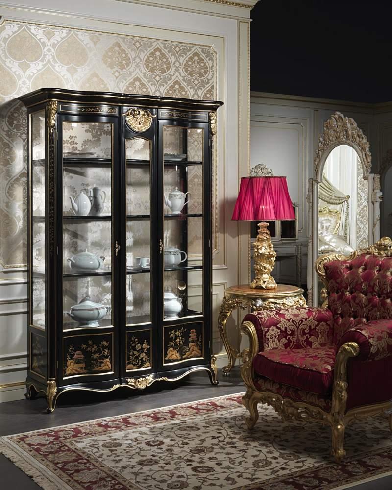 Glass showcase Luigi XV Chinoiserie
