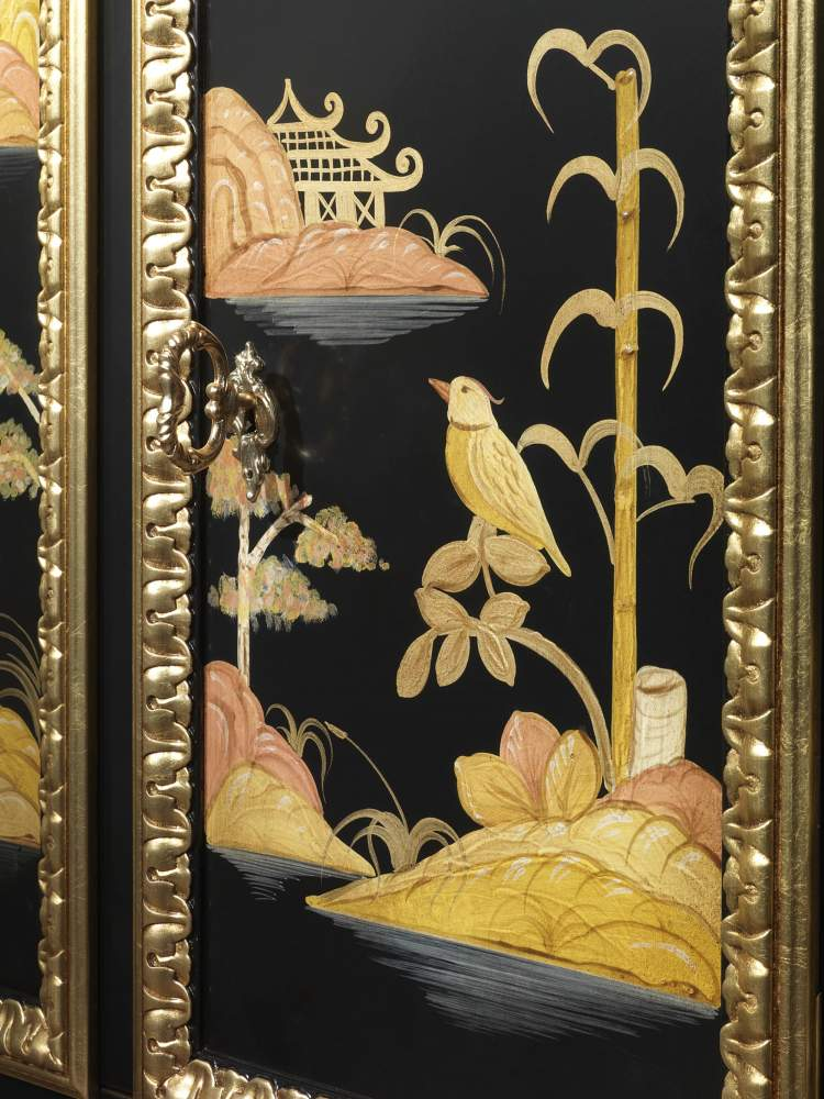 Lacquered luxury small cabinet, Chinoiserie collection Luigi XV