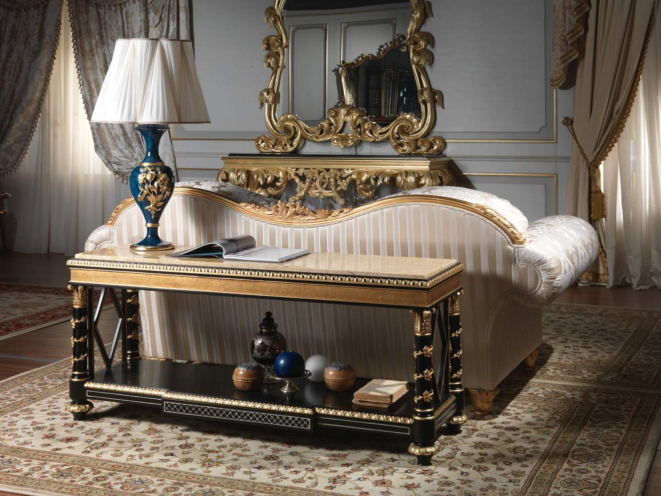 Luxury étagère of the Chinoiserie collection, lacquered and carved, chinese classic style